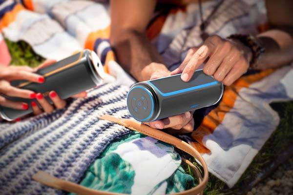 Bose Solker Outdoor Bluetooth Speaker With Solar Panel